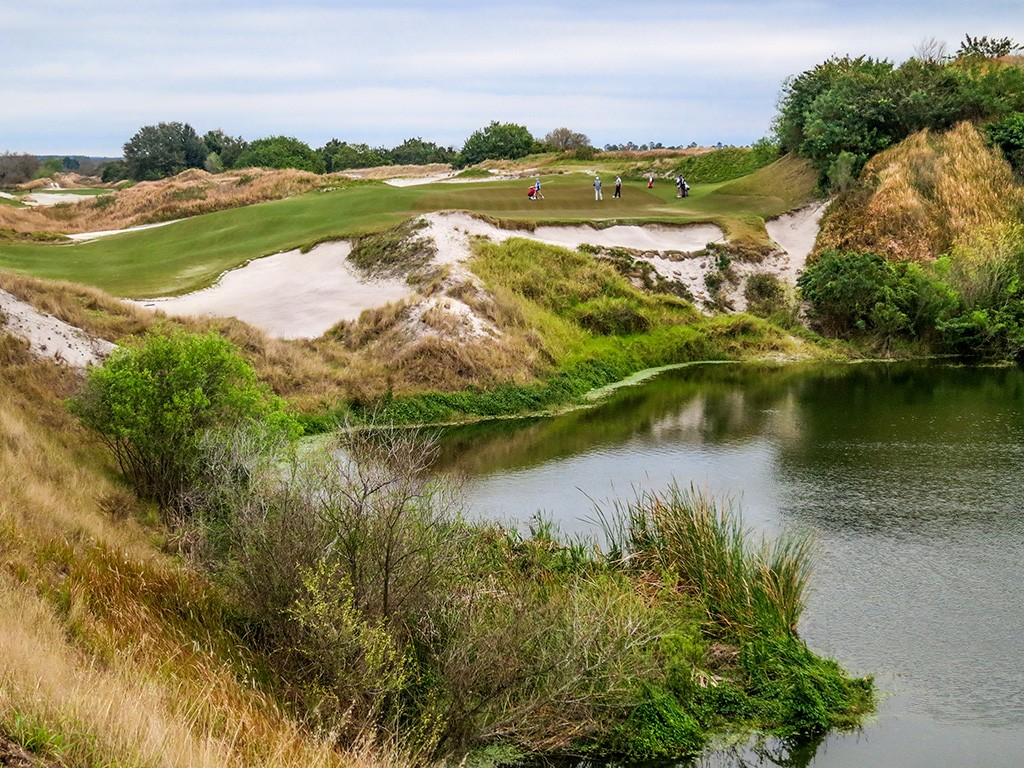 Streamsong Red Hole 16