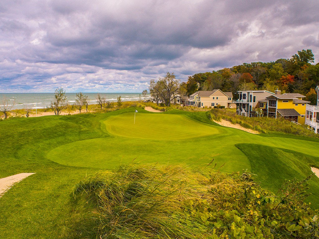 Hole Seven at Harbor Shores Golf Club