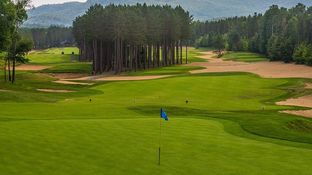 Le Diable Golf Course hole 11