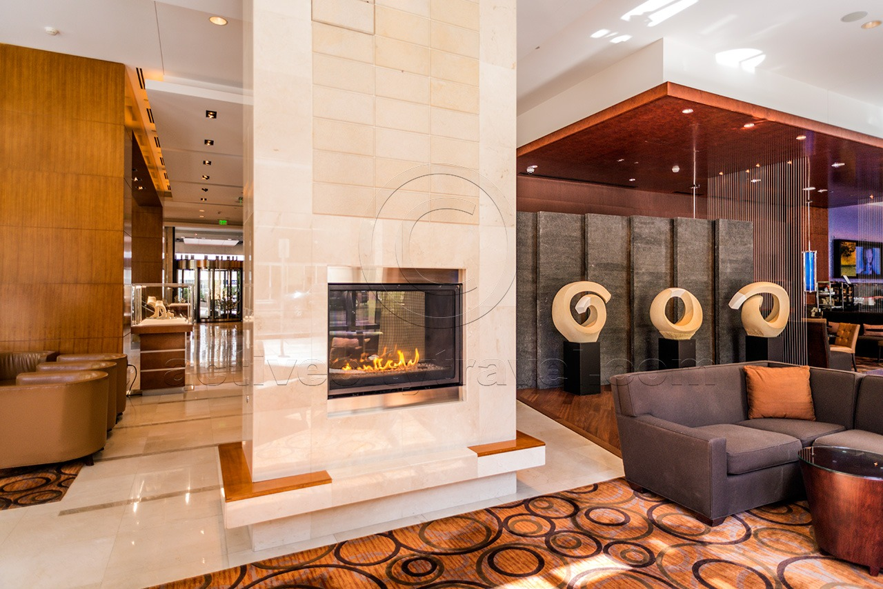 Four Seasons Hotel Denver-fireplace