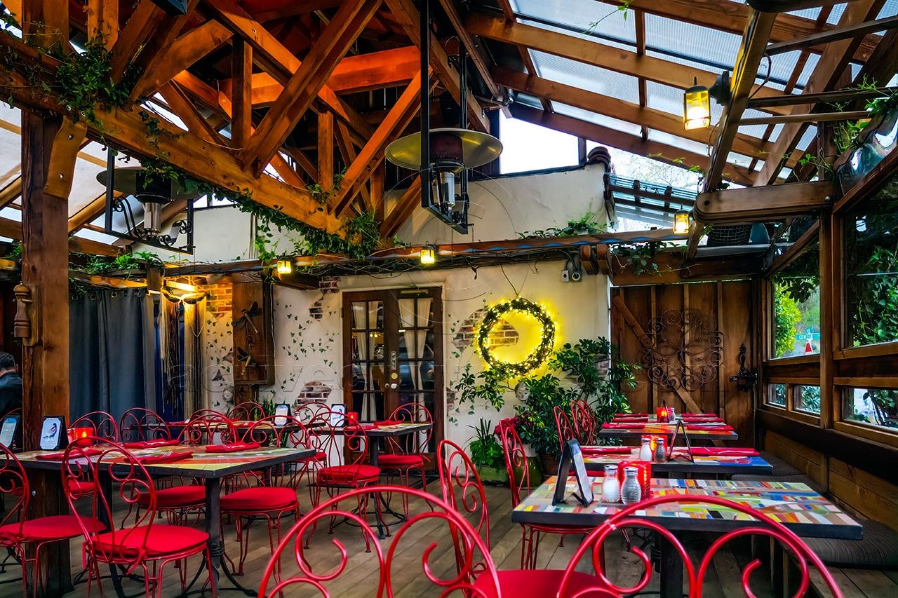 Robin's Restaurant, Cambria