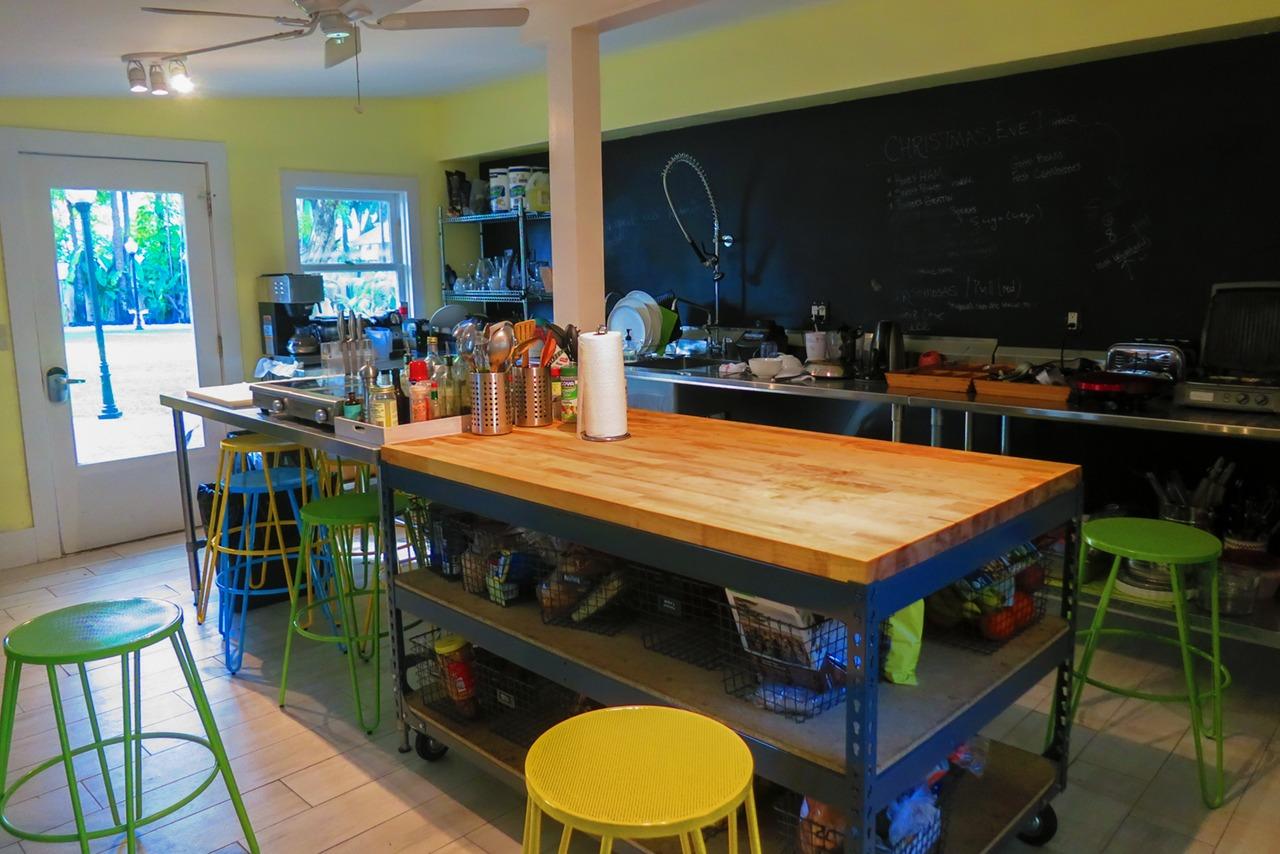Roam Miami kitchen